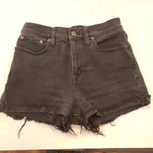 Madewell cut off black jean shorts size 25